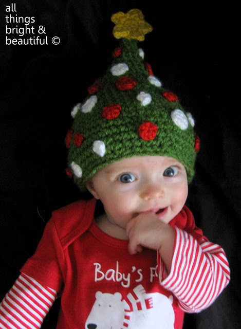 Christmas Hats For Newborn To Adult Free Crochet Patterns
