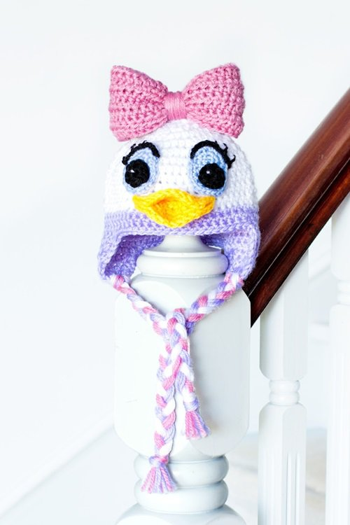 Free Crochet Pattern - Kids animal earflap beanie cap - - Daisy Duck Hat