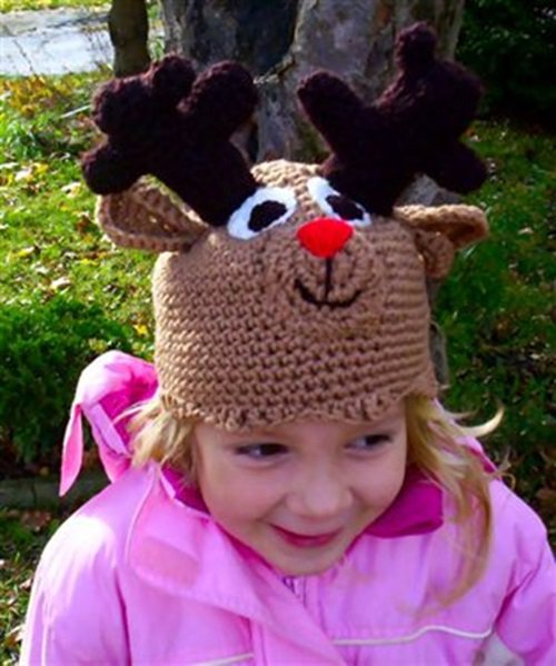 Free Crochet Pattern - Kids animal beanie cap - -Reindeer Hat