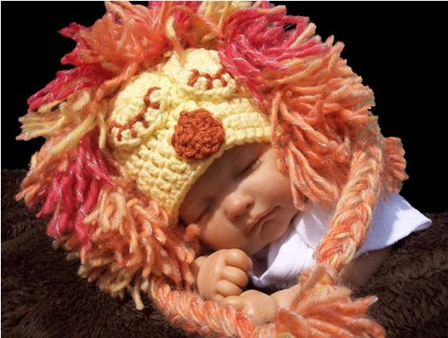 Free Crochet Pattern - Kids animal beanie cap - - Lion Hat