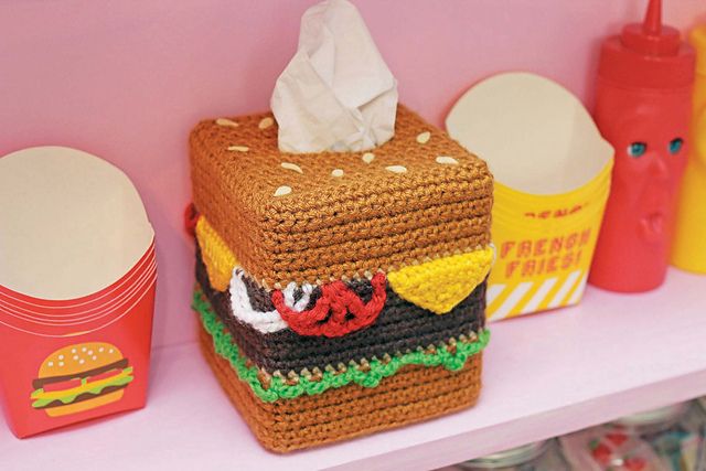 Twinkie Chan's Crocheted Abode a la Mode: 20 Yummy Crochet Projects for Your Home Cheeseburger Tissue Cover