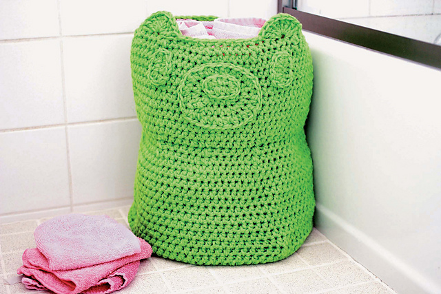 Twinkie Chan's Crocheted Abode a la Mode: 20 Yummy Crochet Projects for Your Home Gummie Bear Towel or Toy Basket