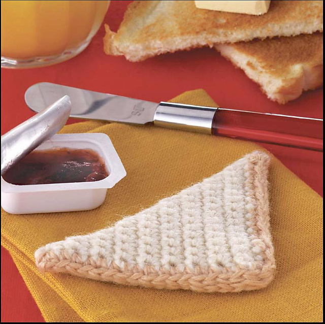 Yummi Gurumi Over 60 Gourmet Crochet Treats to Make - Pattern half a piece of toast