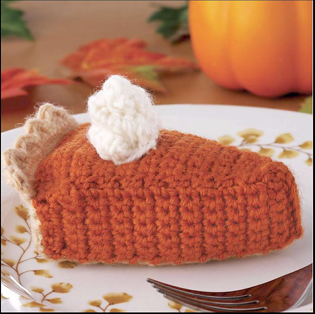 Yummi Gurumi Over 60 Gourmet Crochet Treats to Make - Pattern pumpkin pie slice