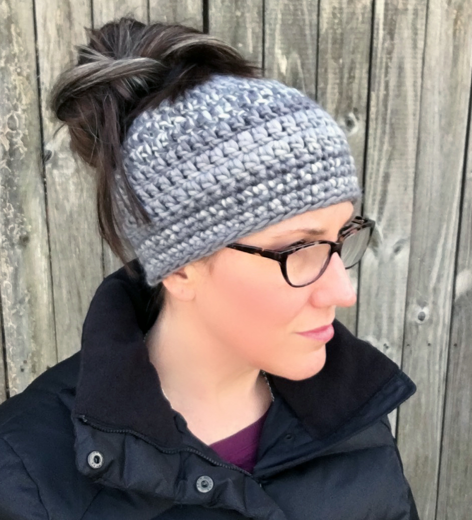 18 Free Messy Bun Hat Crochet Patterns - Make a Ponytail Beanie