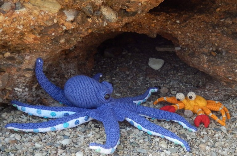 Octopus and Crab crochet patterns by Ami Loves Gurumi