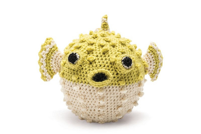 Pufferfish - a free crochet pattern by Vanessa Mooncie