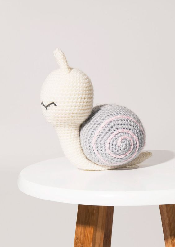 DOWNLOAD THE FREE AMIGURUMI CROCHET PATTERN HERE  - Sammy the Snail by Paintbox Yarns